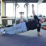 Trening uzupełniający – zestaw ćwiczeń plank (foto)