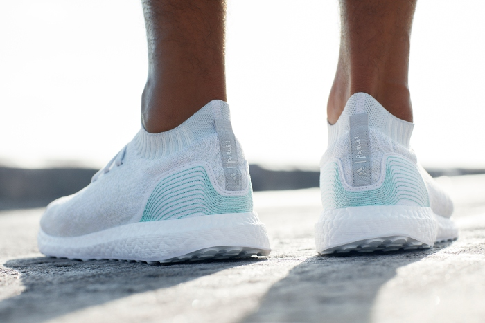 UltraBOOST Uncaged Parley