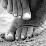 Jak dbać o stopy biegacza? Poradnik pielęgnacji