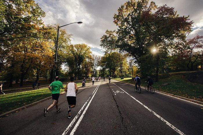 Rozciąganie się bieganie