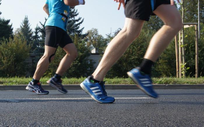 Stopy biegacza bez kontuzji. Ortopeda przedstawia tajniki sztuki |  BieganieUskrzydla.pl - bieganie, trening, maraton