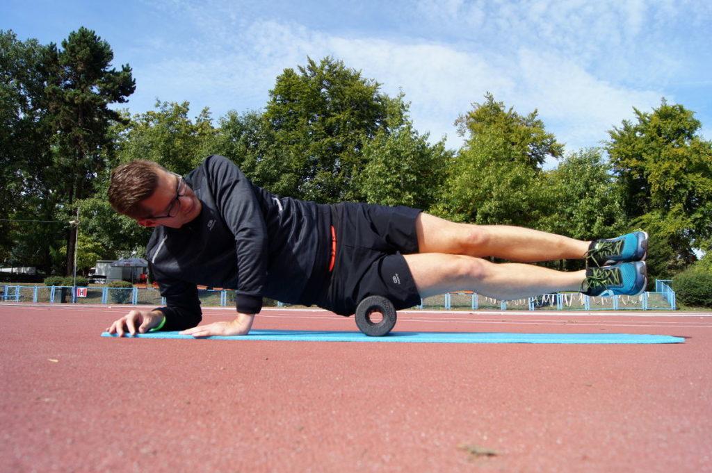4fc457defa1123 Rolowanie mięśni - co daje i jak się rolować? | BieganieUskrzydla.pl ...