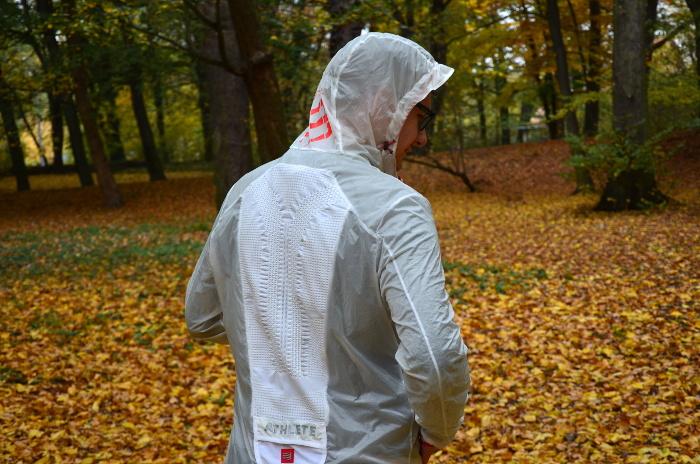kurtka do biegania na jesień Compressport