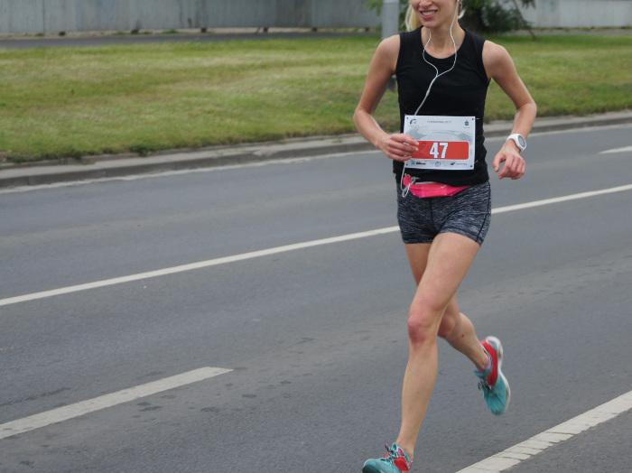 bieganie jak każdy sport przyspiesza metabolizm