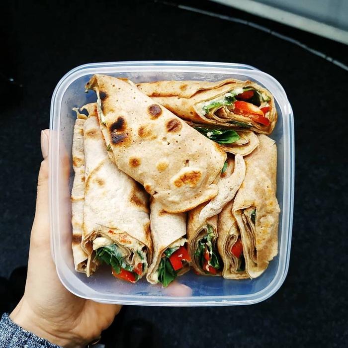 Idealny fit lunch do pracy czyli naleśniki orkiszowe