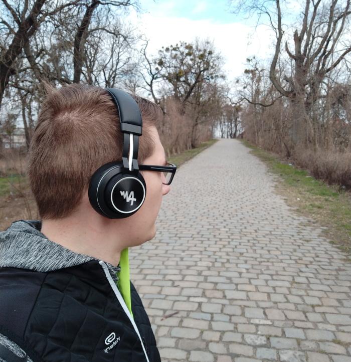 Bezprzewodowe słuchawki nauszne do biegania