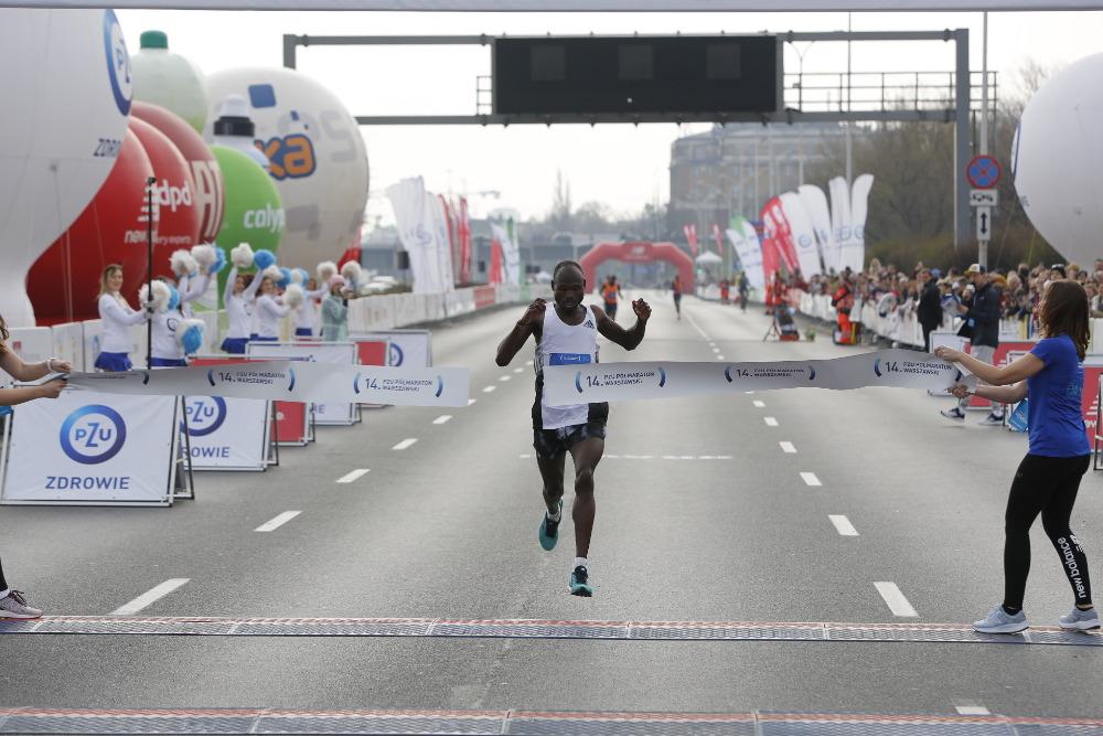 Najlepsi zawodnicy 14. PZU Półmaratonu Warszawskiego [TOP 10]