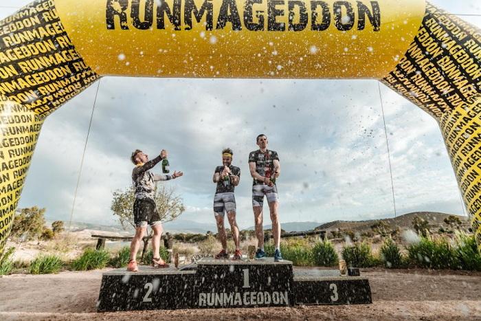 Inspirujący Runmageddon Sahara 2019 dekoracja