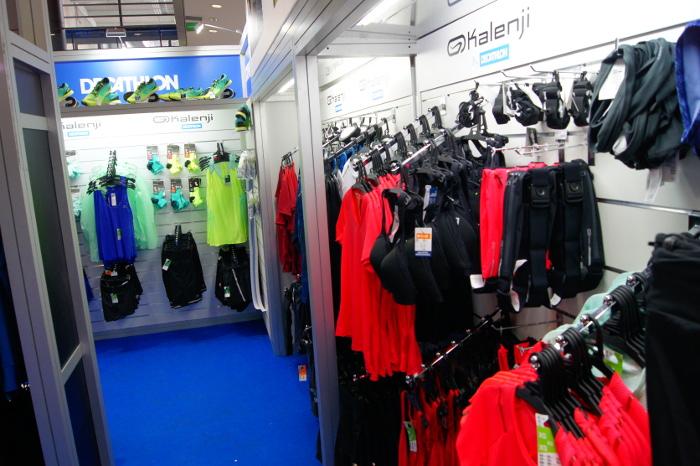 Decathlon na targach Poznań Sport Expo przy 12. PKO Poznań Półmaratonie