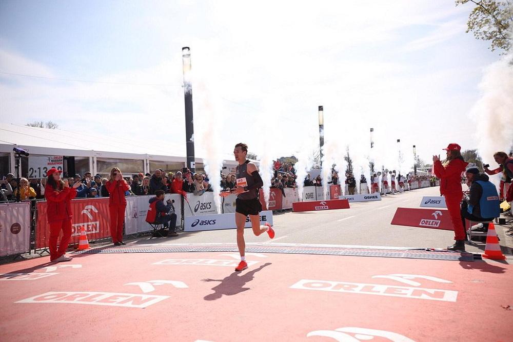 Marcin Chabowski najszybszy Polak ORLEN Warsaw Marathon 2019
