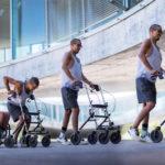 David Mzee wstanie z wózka inwalidzkiego i przekroczy linię startu Wings for Life 2019!