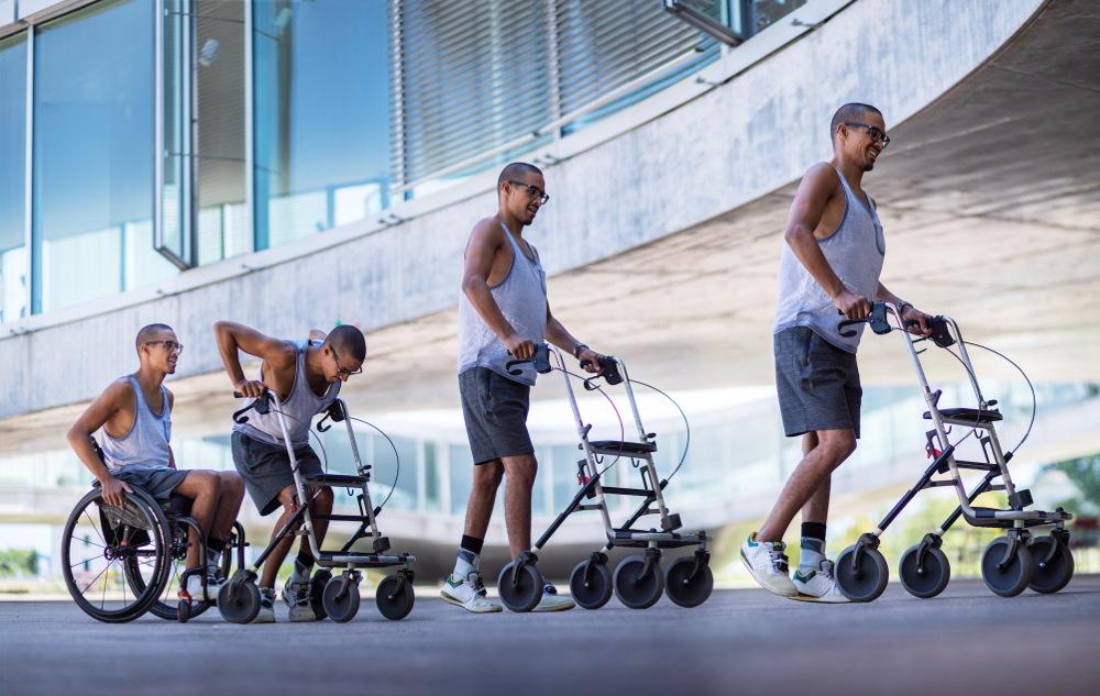 David Mzee wstanie z wózka inwalidzkiego i przekroczy linię startu Wings for Life 2019