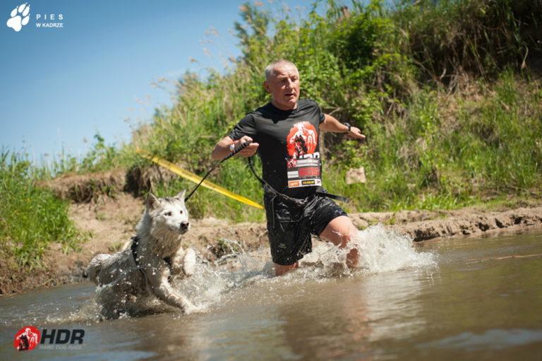 Hard Dog Race - jeden dzień z psami i przeszkodami