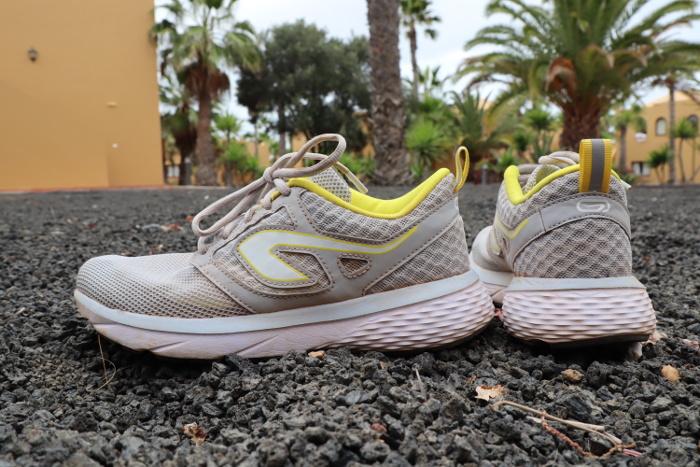 Buty Do Biegania Decathlon Test Budzetowego Modelu Kalenji Run Support Bieganieuskrzydla Pl Bieganie Trening Maraton