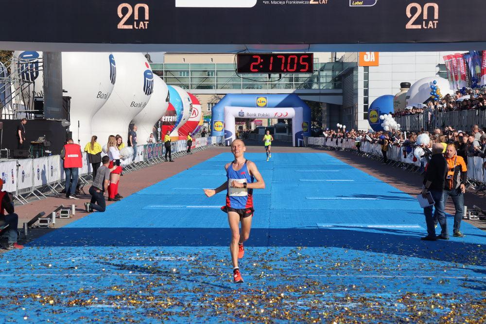 20. PKO Poznań Maraton wygrywa Emil Dobrowolski