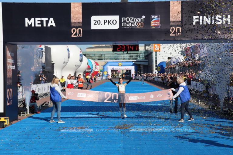 20. PKO Poznań Maraton wygrywa Monika Stefanowicz