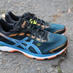 Jak dobrać buty do biegania? Przykład z ASICS GT-2000