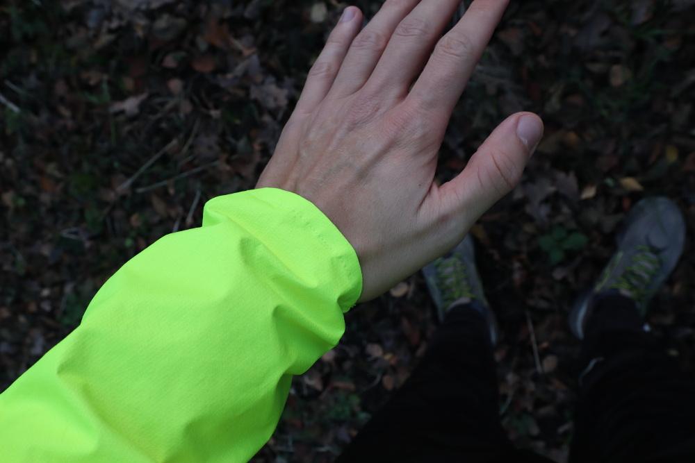 Kurtka do biegania przeciwwietrzna