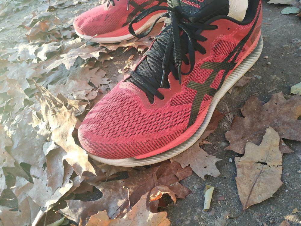 Buty Do Biegania Po Tym Wideo Kupisz Idealna Pare Bieganieuskrzydla Pl Bieganie Trening Maraton